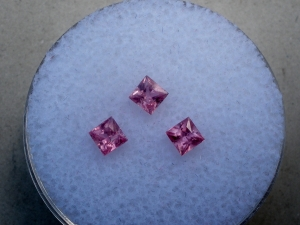 3 Pink Sapphire princess gems 2.9mm each