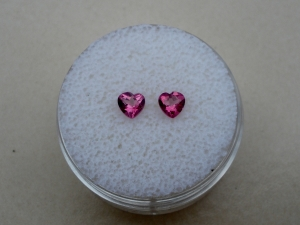 Pink topaz heart gem pair 4mm