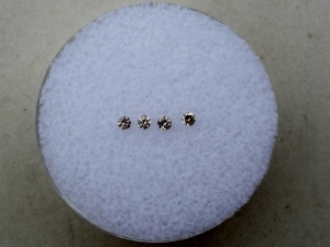 4 champagne diamond loose rounds 1.7mm each