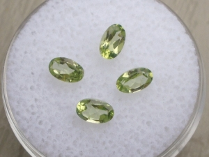 4 Loose Natural Peridot Oval Cut Gems 5 x 3MM Each